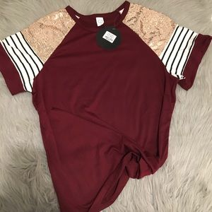 Cute maroon tee shirt